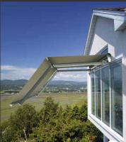 Gelenkarmmarkise-Doppelneigung-Fenster