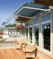 Gelenkarmmarkise-Doppelneigung-Terrasse