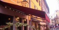 Gelenkarmmarkise-Gasthaus