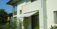 Kassettenmarkise-Balkon-klein-Wohnung